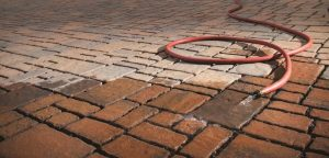 washing-brick-pavers